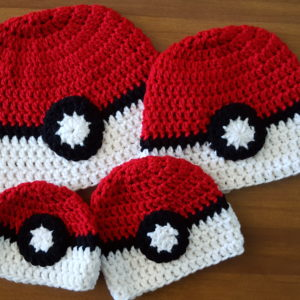 Pokemon Go Pokeball Hat