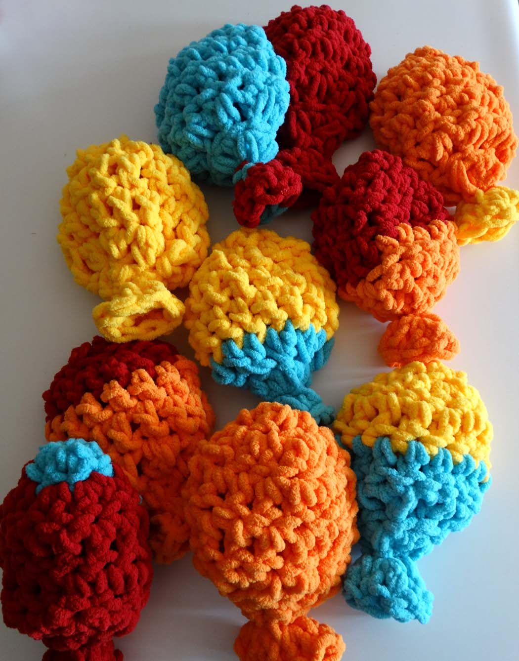 Crochet Pattern Water Balloon : Reusable Crochet Water Balloons Set of 6 - Jaded Spade ...